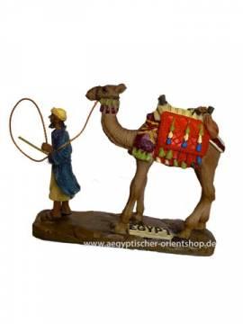 Ägyptische Figur Kamel mit Führer. 55-037 - Bild vergrößern