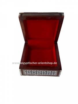 Orientalische Perlmuttbox - Bild vergrößern