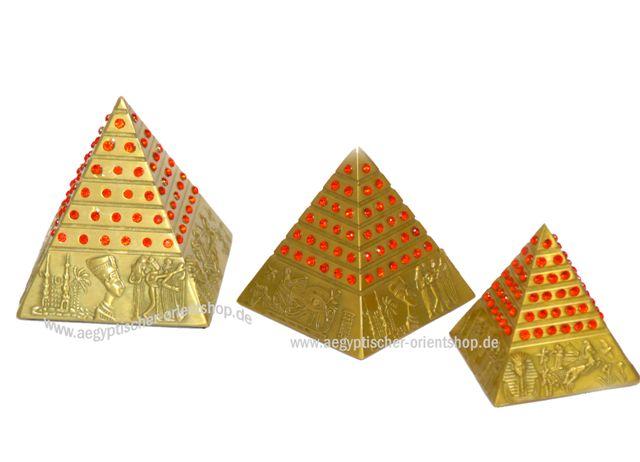 gypten pyramiden gyptische pyramiden gyptische deko. Black Bedroom Furniture Sets. Home Design Ideas
